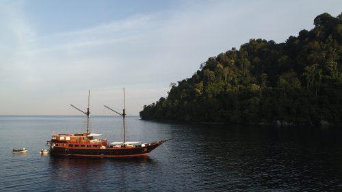 Samata Luxury Yacht
