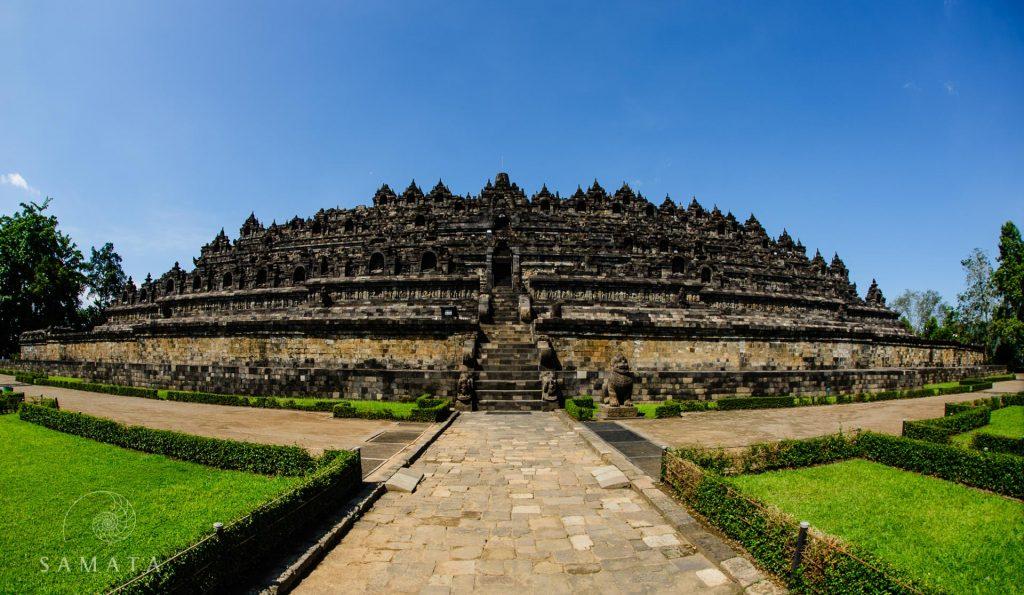 Borobudur Daylight History of Indonesia